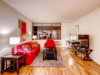 Lux Hoboken 2BR, minutes from NYC