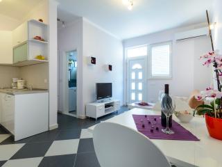 New modern apartment Tonka