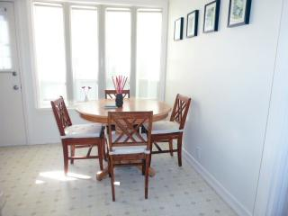 Beach Bungalow Best Santa Monica 31days or longer