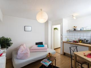 Mozartstr cosy downtown city apartment, Stuttgart