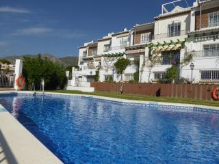 Casa Maulin Spacious, private 100m2 roof terrace, Nerja