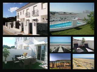 Lujoso Chalet con piscina, terrazas y parking, Vejer de la Frontera