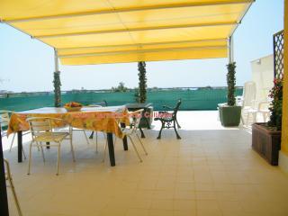 """Appartamento in residence vicino al mare """"CALLIOPE, Giardini Naxos"""
