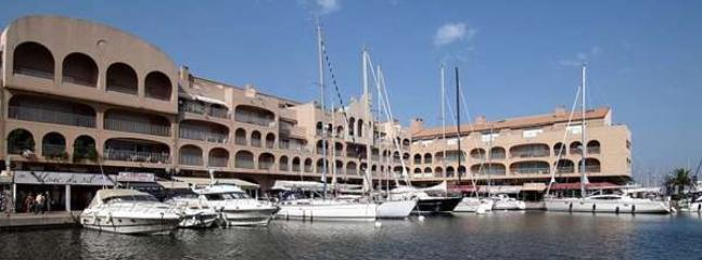 location appartement Hyeres MARINA PORT