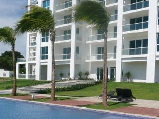 Stylish beach condo Playa Blanca Resort good price