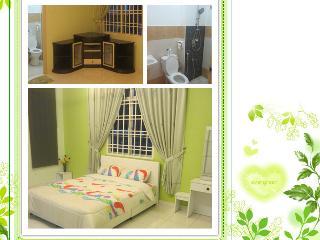 Home2U Homestay Bukit Indah