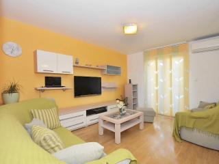Cozy luxury beach apartment Split