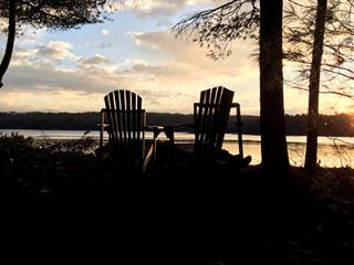 Secluded Year-Around Waterfront Cottage, Edgecomb