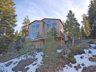 321 Glenmore Way, South Lake Tahoe