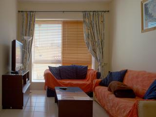 Lovely spacious flat in St Julians, San Ġiljan