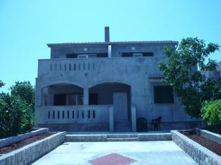 Apartment Pašman, Banj