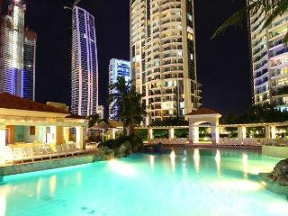 Last Minute Chevron Renaissance Bookings, Surfers Paradise