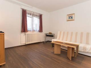Two bedroom flat in private home