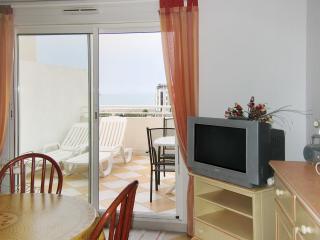 Modern flat with sea views, Agde