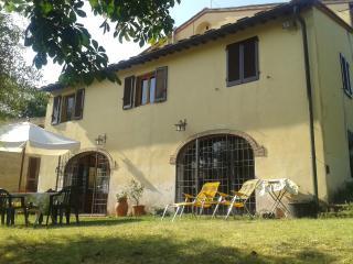 Cottage giardino con oliveti e vigneti, Florencia