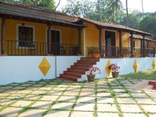 Charming Resored Goan House Pool Villa, Siolim