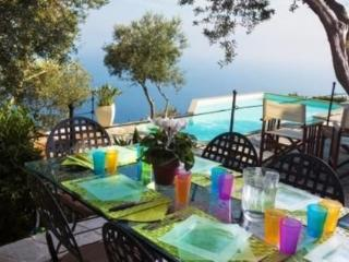 Villa Strepitosa Sorrento with Pool & Amazing sea view, 7 bedrooms!