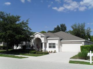 Eadon Villa   Bradenton  spacious Pool & DVR