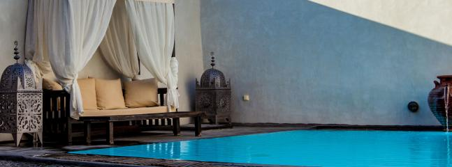 Mansion Flood-lit private pool & terrace