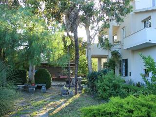 Vintage Kastela Apartment close to Trogir, Kastel Stafilic