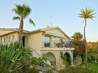 VIlla de 5 dormitorios en El Rosario, Marbella