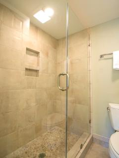 Master Shower w/ Custom River Rock Floor