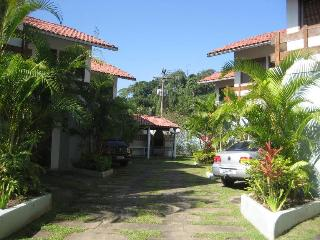 Ubatuba Beach - House Condominium .