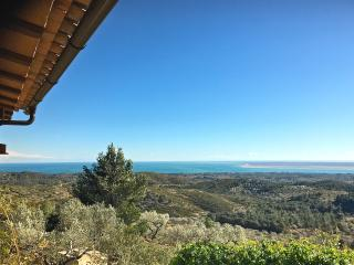 Villa La Calma - spectacular views of the sea!!, L'Ampolla