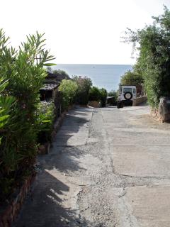 Slope to parking space (and Is Traias beach)
