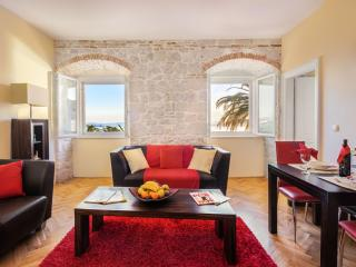 Luxury apartment Riva, Split