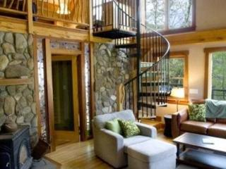 Laurel Branch - Less than 15 Minutes from Boating and Fishing on Fontana Lake This Custom Built Rental Is Secluded by Trees and Has a Hot Tub, Easy Access, and Foosball Table, Bryson City