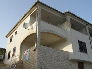 Apartments - Gušt 1 Vinišće, Vinisce