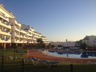 Duquesa Suites ground floor apartment, Puerto de la Duquesa