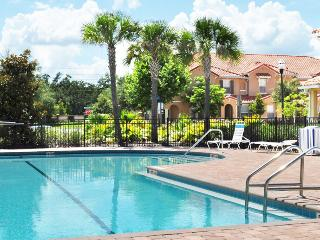 ⭐BEST PRICE⭐Lovely Patio/ Wii/ Baby-Friendly/ SUPERB Resort/ Minutes from Disney