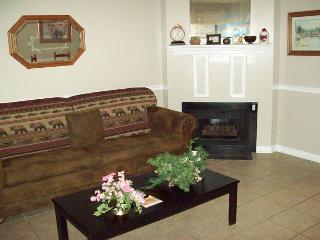 One Bedroom Condo in Downtown Gatlinburg (Unit 304)