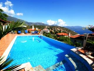 Villa Scarlett, private pool & superb Sea Views, Kas
