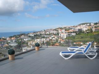 Funchal Panoramica - Large Penthouse Apartment