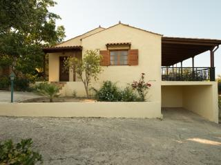 2 Bedroom Villa in Rethymno, Adele