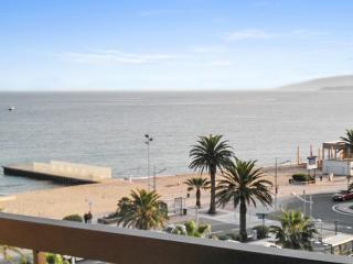 Nice apt with sea view & balcony