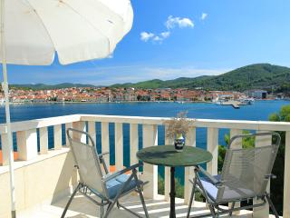 ***amazing view apartment for 2+2, by the sea***, Vela Luka