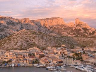 Cabanon aux goudes Marseille calanques bord de mer, Marsella