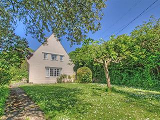 Maycoes, detached seaside house in the pretty village of Branscombe, Devon