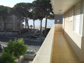 Apartamento sol dourada, a 50 metros de la playa, Cambrils