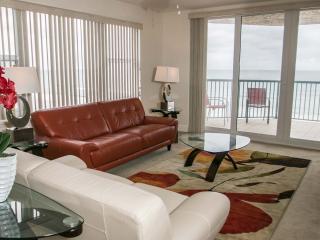 Mar/Apr  $pecial -Towers Grande #503 - Oceanfront, Daytona Beach