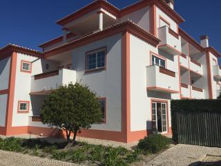Robins Nest - Praia D'el Rey - Apartment, Obidos
