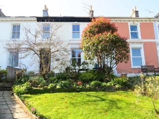 MARITIME VIEW, Victorian townhouse, roof terrace, front and rear gardens