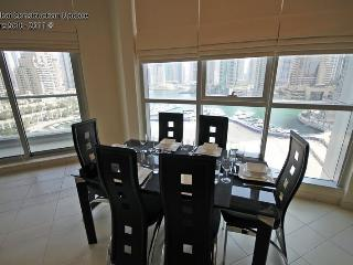 Stunning apartment and marina view. Great rates