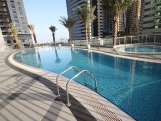 Stunning apartment & marina view. Great rates