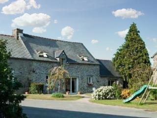 Spacious house with garden, Saint-Jacut-de-la-Mer