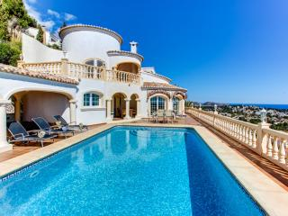Exquisite family villa with panoramic sea views, Benissa